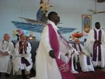 Même les prêtres dansent